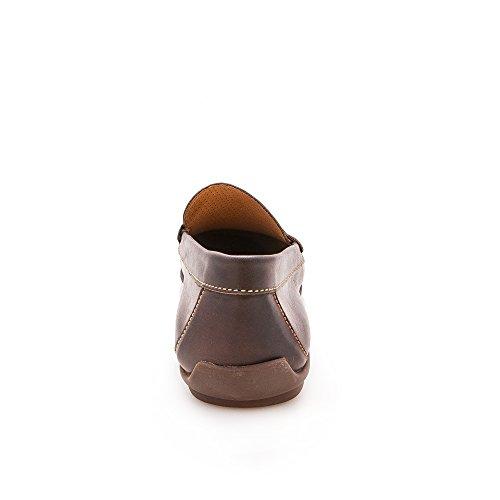 Homme mocassins maroquinerie première qualité. Creation tendance de la mode. Doublure intérieur en cuir 100%. Marron