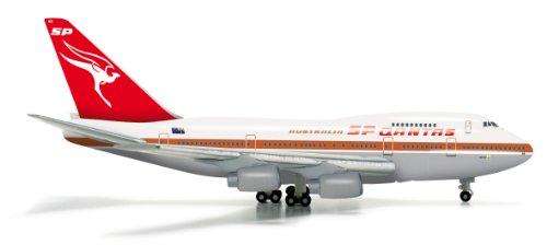 herpa-523714-qantas-boeing-747sp