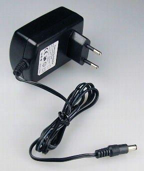 Preisvergleich Produktbild UNI Trafo 24 Volt 24V Netzteil Trafo Netzgerät Transformator für LED Strip 1A - 24 Watt