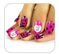 Faux ongles rose et noir