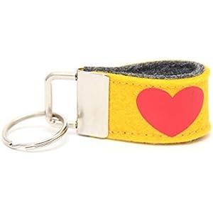 Mini Schlüsselanhänger aus Wollfilz mit Herz gelb/ dunkelgrau