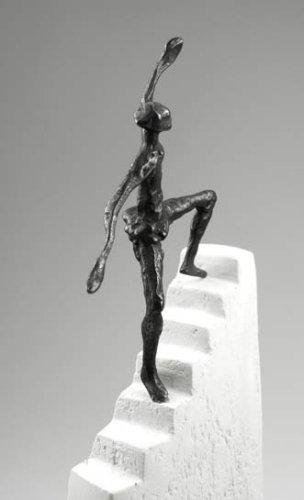 Butzon und Bercker Stufen zum Erfolg - Bronze Skulptur Luise Kött-Gärtner
