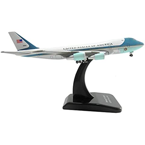 Boeing 747-200 Air Force One USAF Maßstab 1:500
