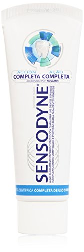 Sensodyne Dentifricio, Acción Completa Crema Dental, 75 ml