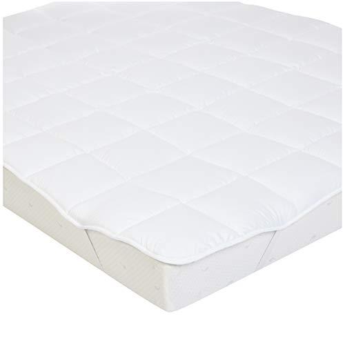 AmazonBasics - Sobrecolchón suave con relleno de poliéster de microfibra y correas, 90 x 200 cm, blanco...