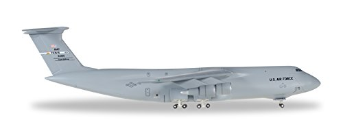 Preisvergleich Produktbild Herpa 529549 - U.S Air Force Lockheed C-5M Super Galaxy 60th Air Mobility Wing, 22D Airlift Squadron