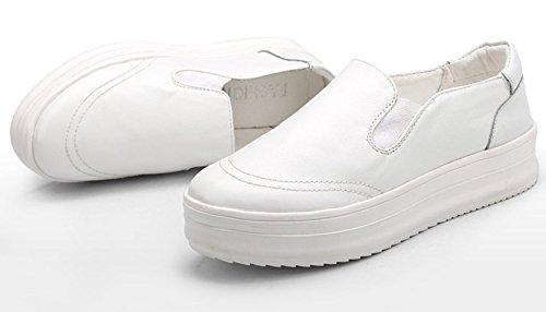 Damen Neue Plateau Aufzug Einfache Lässige Slip On Runde Zehen Bequeme Schüttelne Dicke Sohle Sneakers Mokassins Weiß