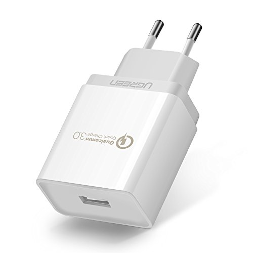 UGREEN Cargador Rápido QC 3.0 18W Quick Charge Qualcomm Certificado para Samsung S9 Plus S9 S8 Plus S8 Note 8, Xiaomi Mix 2S Mi A1 Mi6 Mi5 Mi5s, BQ Aquaris X, Huawei P9, LG G6 G5, iPhone etc.(Blanco)