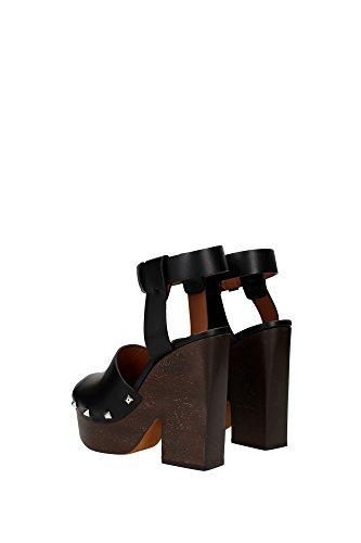 Sandali 'Sofia' Givenchy in Pelle di vitello nero - Codice modello: BE08749004 001 Nero