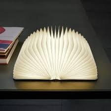 LIBRO LAMPADA, LUCE LED MAGNETICA, DESIGN LIBRO, LAMPADA DESIGN, LAMPADA DA TAVOLO