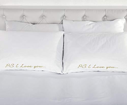 60 Second Makeover Limited PS I Love You Taie d'oreiller Blanc avec Or Paire de taies d'oreiller de Mariage Cadeau de Noël Romantique Parure de lit Valentin Couples taies d'oreiller