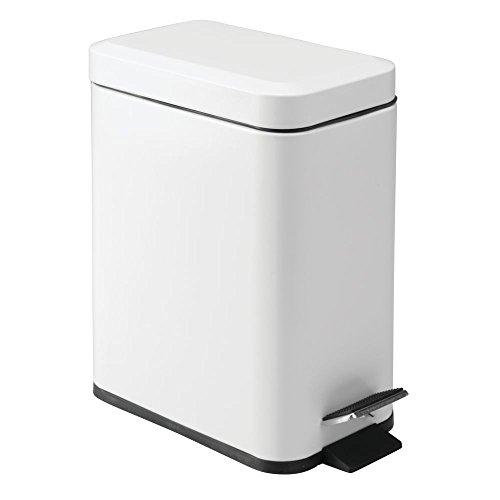 iDesign Mülleimer, kleiner Tretmülleimer aus Kunststoff und Metall, Abfalleimer mit Deckel und Fußpedal für Küche und Badezimmer, weiß - Weiß Mit Deckel Mülleimer