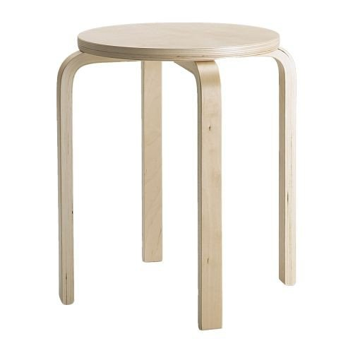 Produktabbildung von IKEA Stapelhocker FROSTA Holz-Hocker aus massivem Birkensperrholz - Sitzdurchmesser 35 cm - Sitzhöhe 45 cm - bis 100kg