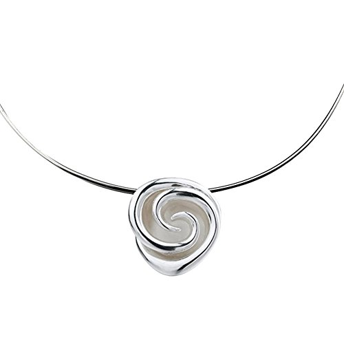 silverage-sterling-silver-romantic-rose-pendant-collar-necklace