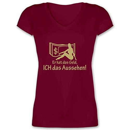 JGA Junggesellinnenabschied - Er hat das Geld - Ich das Aussehen - XL - Bordeauxrot - XO1525 - Damen T-Shirt mit V-Ausschnitt