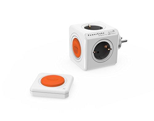 Dr. Bott Power-Würfel Remote Original, Reiseadapter mit Power-Remote Fernbedienung, schaltbarer Steckdosenwürfel mit 4 Steckdosen und Fern-Schalter zum Stromsparen, grau-weiß-orange