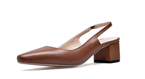 Piccolo quadrato di cuoio capo Smiple basso tacco medio indietro Vuoto Mary Janes cinturino lavoro scarpe per le donne Brown
