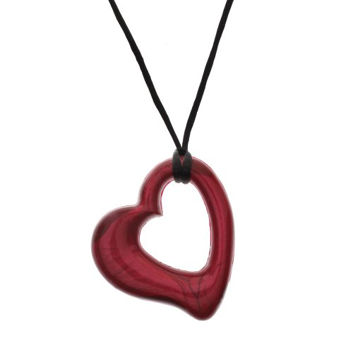 gumigem-chillipepper-miller-hearts-necklace