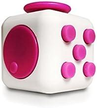 Dado de estrés como FIDGET CUBE, tal como el juguete perfecto para la calle, en el trabajo o en la sala de espera