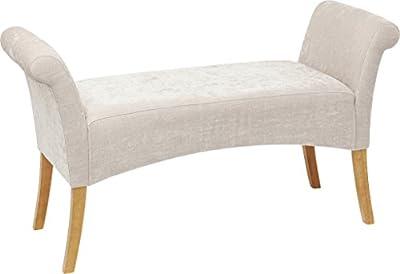 Ce banc est composé de pieds en bois de bouleau laqué et d'une assise au revêtement polyester rembourrée de mousse polyuréthane 30kg/m³. Son tissu au coloris sobre lui permet de s'accorder à une décoration scandinave, classique et également romantiqu... [Méridienne]