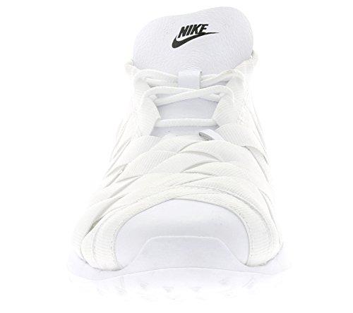 Nike Women W Sneakers In Tessuto Juvenate Blanco (bianco / Nero)