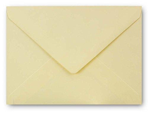 Briefumschläge in Vanille   100 Stück   gefärbte Kuverts in DIN C6 Format 114 x 162 mm   Nassklebung   komplett durchgefärbtes Papier   Post-Umschläge ohne Fenster   ideal für Weihnachten, Grußkarten und Einladungen - Für A4, A5, A6 Papier und Karten   Serie FarbenFroh A4 Einladungen
