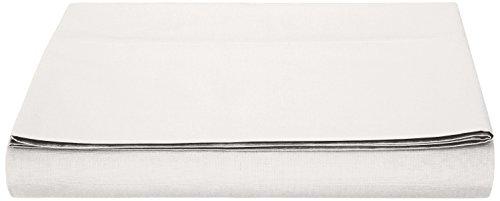 AmazonBasics Bettlaken, Poly-Baumwolle Fadenzahl 200, 240 x 320 + 10 cm - Weiß