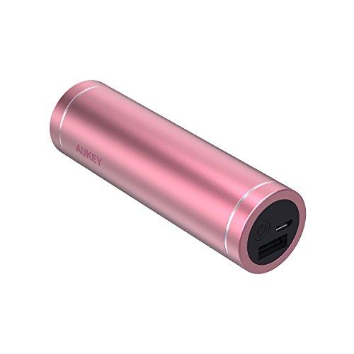 AUKEY Mini Powerbank 5000mAh, Externer Akku mit Ausgang 5V/2A für iPhone X/ 8/ Plus/ 7/ 6s, Samsung S8+/ S8, iPad, Tablets (Rosa) (Externes Akku-ladegerät 2a)