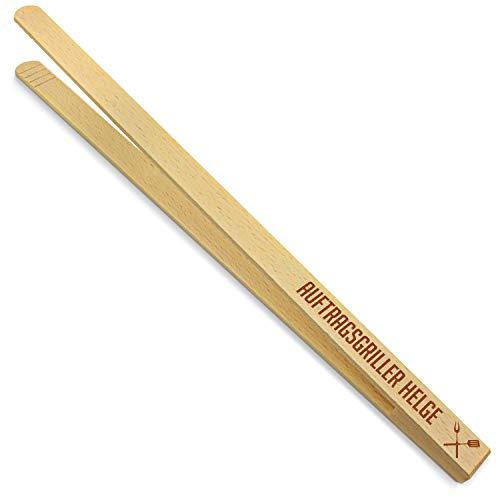 printplanet® - Holz Grillzange mit Auftragsgriller Helge - graviert - Gravierte Holzgrillzange mit Namen - 40 cm Länge