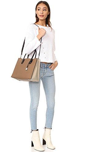 Borse Donna MICHAEL KORS in pelle martellata, doppio manico, tracolla regolabile e removibile, tasca centrale con zip Beige