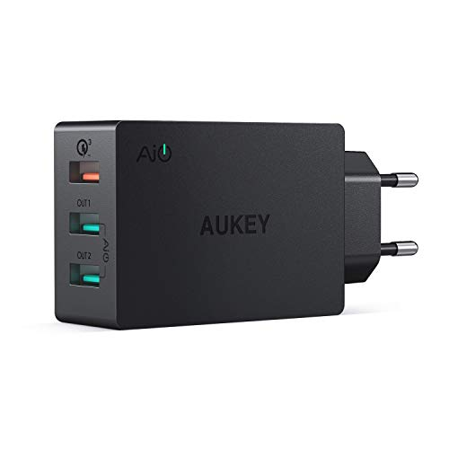 AUKEY Quick Charge 3.0 Cargador Móvil 3 Puertos 43,5W Cargador de Pared para Samsung Galaxy S9/ S8 / Note 8, LG, HTC, iPhone XS/XS MAX/XR, iPad Pro/Air, Moto G4 y más