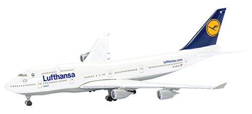 schuco-1-600-b747-400-lufthansa-german-airlines-by-international-trade