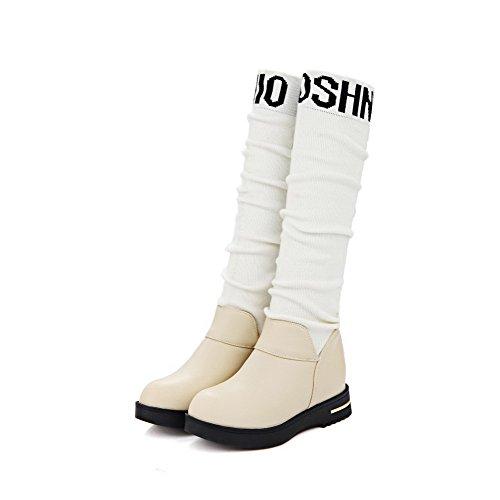 AllhqFashion Damen Ziehen Auf Mittler Absatz Gemischte Farbe Hoch-Spitze Stiefel Cremefarben