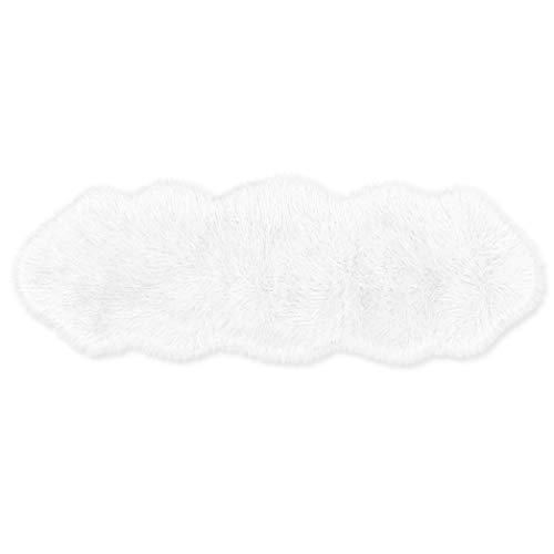 Teppich Wölkchen Lammfell-Teppich Lang Kunstfell Schaffell Imitat   Wohnzimmer Schlafzimmer Kinderzimmer   als Faux Bett-Vorleger Oder Matte für Stuhl Sofa (Weiß - 55 x 160 cm)
