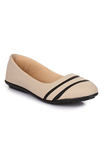 Beautiful Cream color synthetic bellies from Shoe Swagg