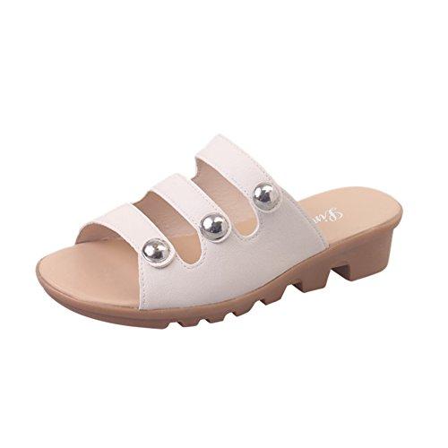 Indossando Un Elegante Flip Flops In Estate/Con Pantofole Antiscivolo Di Fondo Piatto D