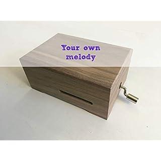 Do-it-yourself-Pack (DIY) für die Herstellung Ihrer eigenen Spieluhr. Enthält eine individuell zu gestaltende Handkurbel und das angepasste Holzkästchen. 13 x 9 cm und Verschluss. DAS BESTE GESCHENK.