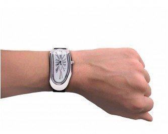 Preisvergleich Produktbild Schmelzende Armbanduhr Dali Surrealismus Daliuhr Scherzartikel
