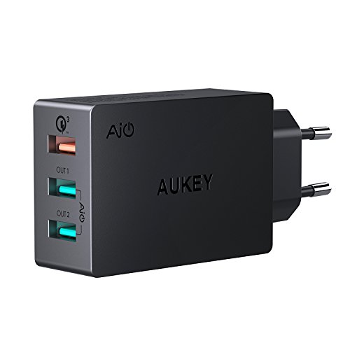 Foto AUKEY Quick Charge 3.0 Caricabatterie USB da Muro 43,5W Caricatore USB per Samsung Galaxy S8 / S8+ / Note 8, LG G5 / G6, Nexus 5X / 6P, HTC 10, iPhone X / 8 / 8 Plus, iPad Pro/ Air, Moto G4 ecc.