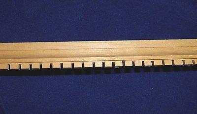 constructores-de-casa-de-munecas-1-bricolaje12-escala-moldura-de-madera-denticulo-recortar-61cm