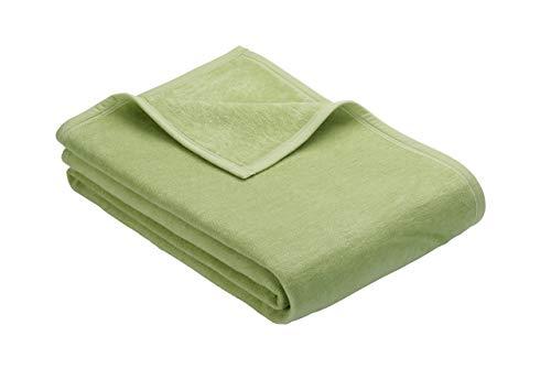 Ibena Kuscheldecke/Tagesdecke/Wolldecke/Wohndecke grün 150x200 cm, besonders flauschig weich und angenehm warm, Baumwollmischung in hervorragender Qualität in vielen Größen erhältlich