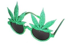 (Creative Fancy Dress Party.Gläser – 420 Cannabis-Blatt)