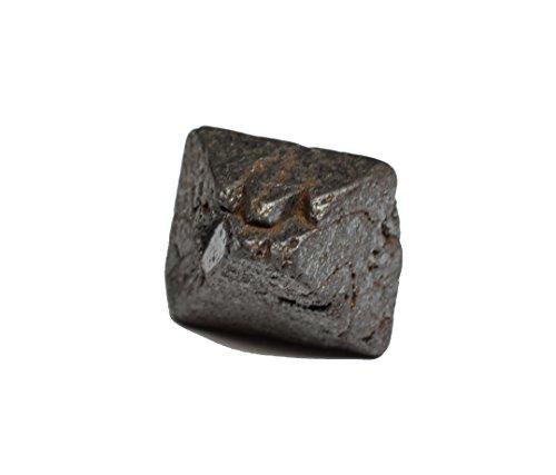 Magnetit Rohedelstein Kristall 18.53 karat