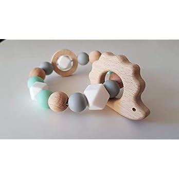 Beißring / Greifling aus Silikonperlen mit Holzring Bucheperlen und Tier Mint-Weiß-Grau