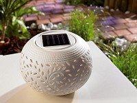 Lunartec Solar-Dekoleuchte aus Porzellan mit Farbwechsler / weißer LED von Lunartec auf Lampenhans.de