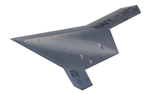 1/72 US Navy unmanned bomber X-47B flight status (stand included) plastic model AC-18 Us-bomber