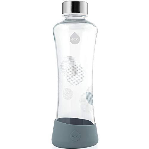 EQUA Glasflasche Metallic Silver 550 ml Trinkflasche 0,55l mit Silikonboden Flasche aus Borosilikatglas für Wasser Tee