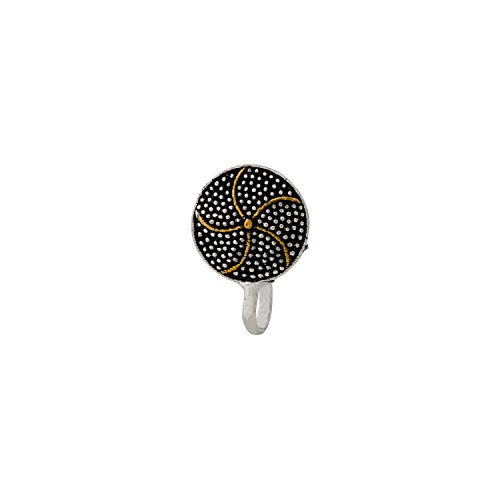 Voylla Circular Patterned Dual Tone Oxidized Nose Pin