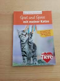 Meine kleine Katzenkunde - Spiel und Spass mit meiner Katze [Perfect Paperback] Rüdiger Wagner