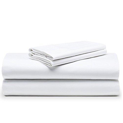 The White Basics es una marca especializada en artículos de hogar de alta calidad al mejor precio. Optimizamos cada detalle, eliminando costes innecesarios. Las prendas de la colección Niza están fabricadas en un percal de 200 hilos tejido con hilo d...